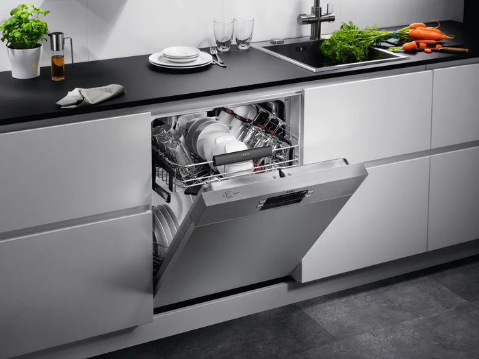 Photos 4: Aeg Partial integrated dishwasher cm. 60 - 13 covered FUE52600PM