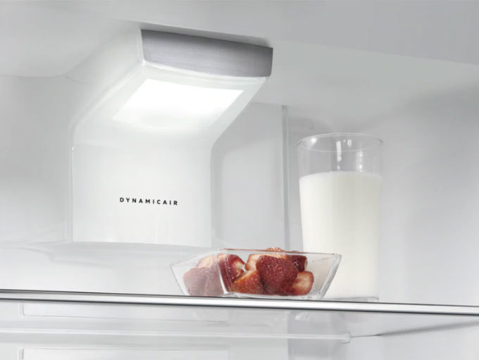 Photos 5: Aeg Refrigerator free installation cm.54 h.186 - liters 310 (for rxe75911tm and rxe75411nm) RKE73211DM