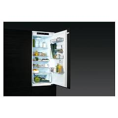 Photos 5: Aeg SCE81926TS Built-in refrigerator-freezer cm.56 h.188 - 267 lt