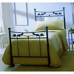 Ingenia Casa Brunelleschi Single iron bed