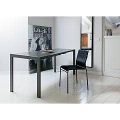 Ingenia Casa Ciak Extendable table with lacquered steel structure and melamine top crystal