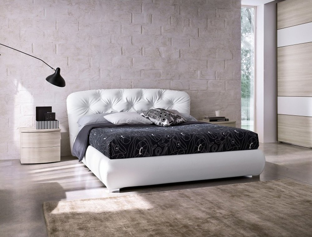Photos 1: Mab PEOPLE Padded double bed