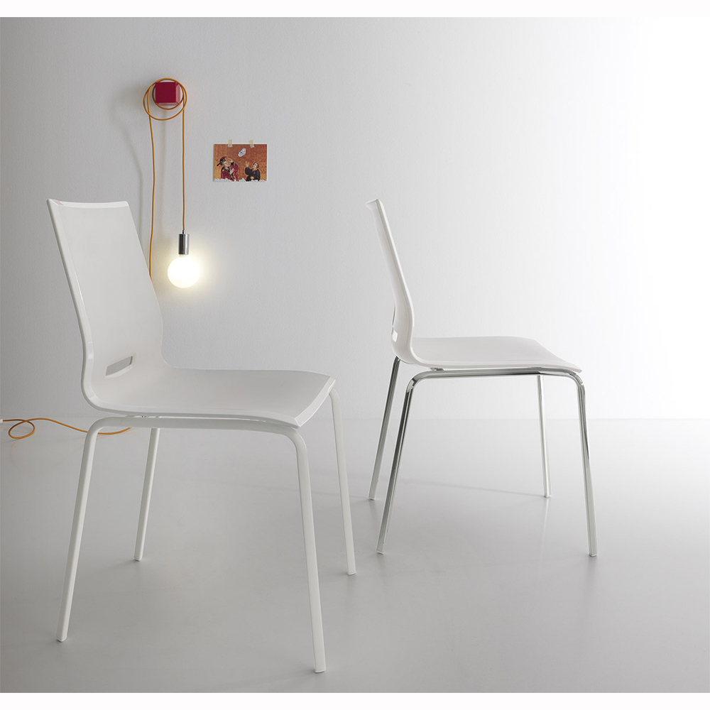 Photos 2: Point House Chair in metal and polypropylene ELENA 4