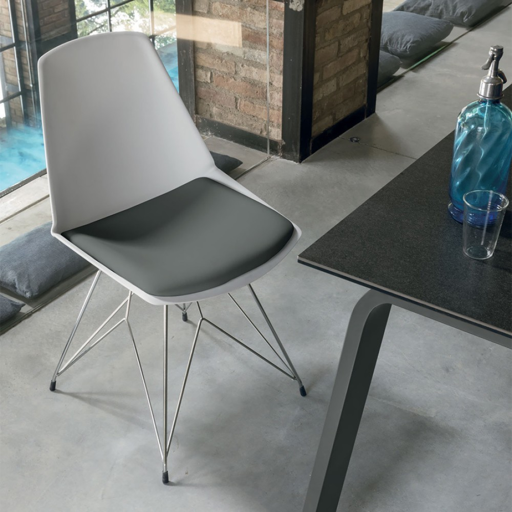Photos 1: Target Point SE193 - VALENCIA Chair in metal and plastic / eco-leather