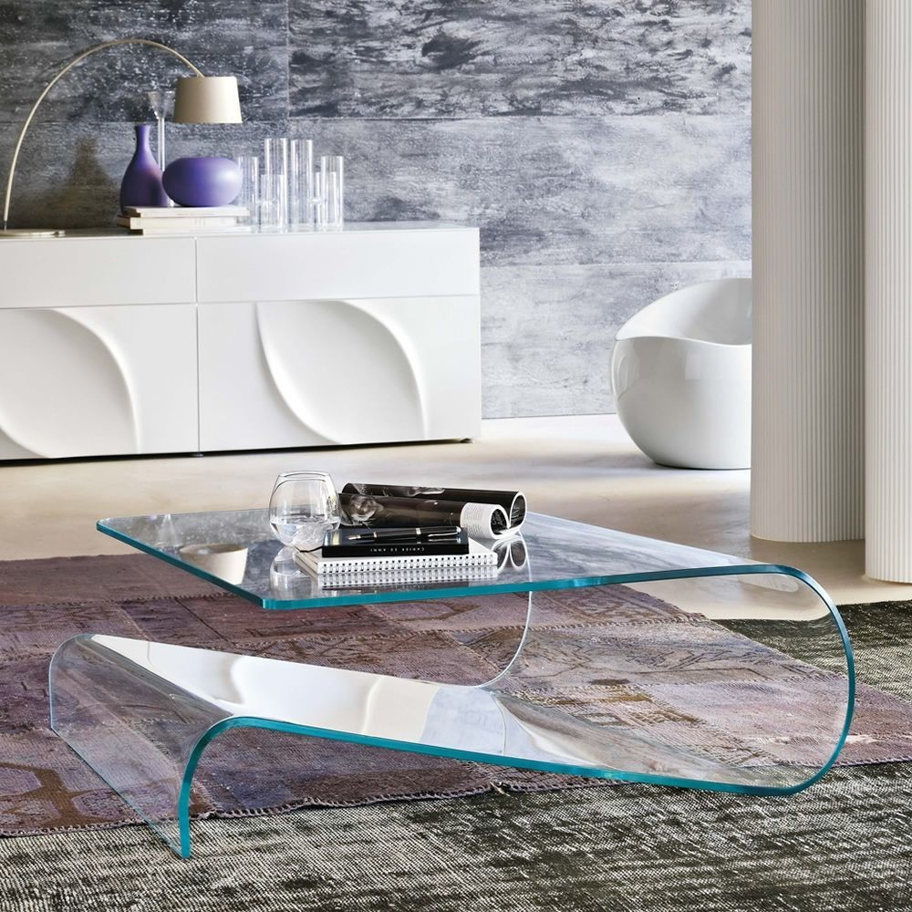 Velo coffee table by Tonin casa as a complement to your living room